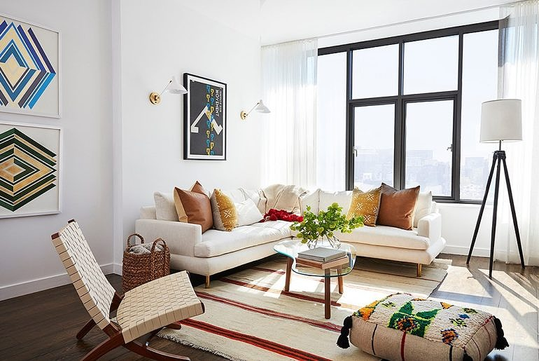 Celebrity Home Tours: Mindy Kaling And Her NYC Pad